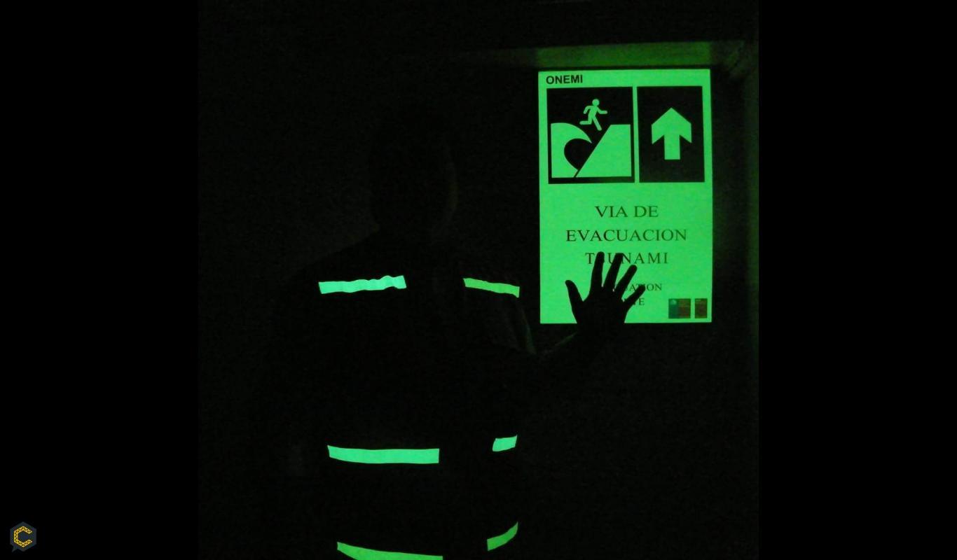 Chalecos fotoluminiscentes y reflectivos