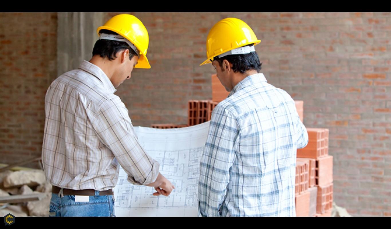 ¿Qué hace un maestro de obra en una construcción?