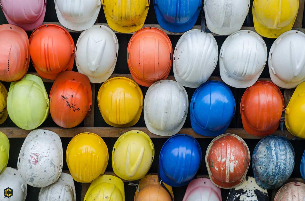 En la construcción, estos son los significados de los colores en los cascos de protección