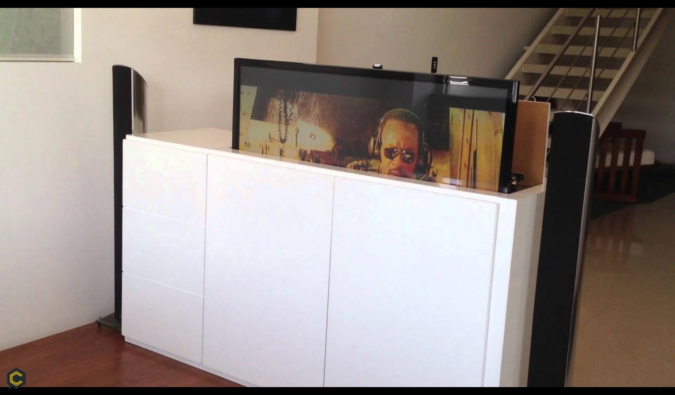 Dise o muebles construyored for Oportunidades gaditanas muebles