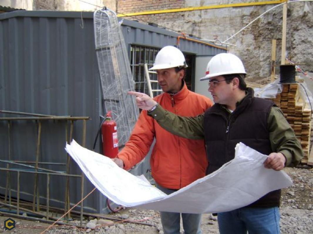 Se requiere Tecnólogo(a) en obras civiles ó Estudiante de sexto semestre de Administración y Construcción Arquitectónica.