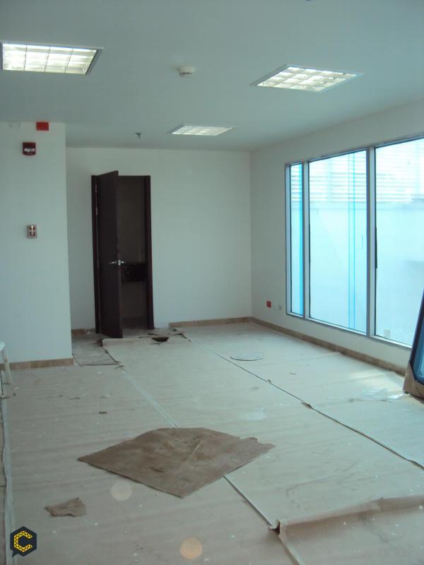 Buenos dias,Busco empleo soy Arquitecto Especialista En Gerencia De Proyectos De Construccion 5 años de experiencia.