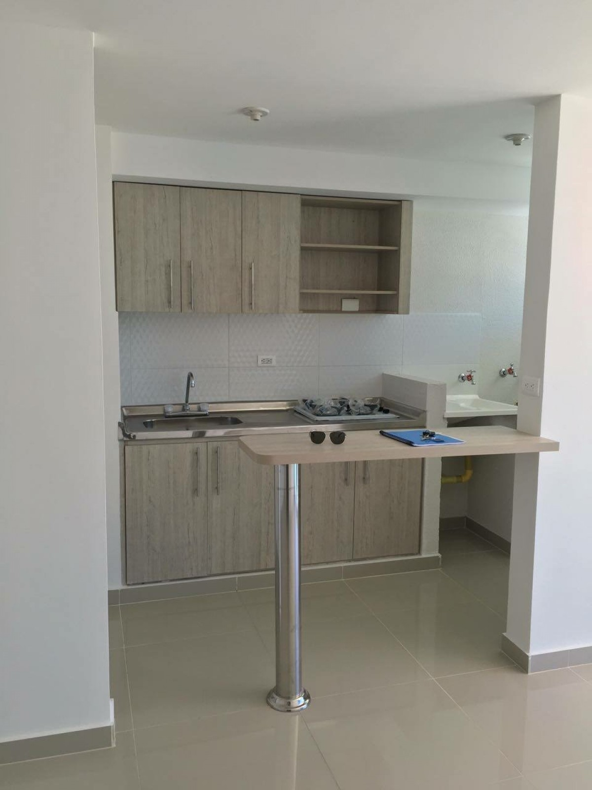 Dise o he instalaci n de cocinas y closet construyored for Aplicacion para diseno de cocinas